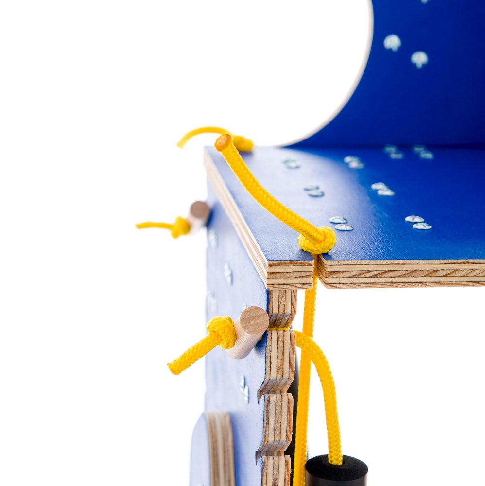 chariot pour chien handicape du train arriere - Finition bleu - Lacets jaunes